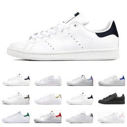 2021 Stan Smith shoes uomo donna sneakers basse verde nero bianco blu navy oreo arcobaleno moda mens trainer scarpe sportive all'aperto taglia 36-44 in Offerta