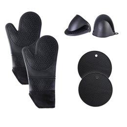 Horno de silicona Mits y soportes de ollas Guantes resistentes al calor con un pitholder para la cocina para hornear cocinando a la parrilla XBJK2103 en venta