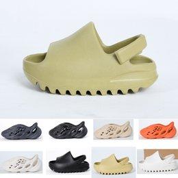 Wholesale 2021 fashion Summer sandal Children shoes boy girl youth kid Kanye west Slide Desert Sand Beach slipper foam runner Bone
