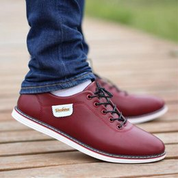 Ao ar livre confortável e respirável homens de couro pu business casual casual moda clássico moeda caminhar sapatos em Promoção