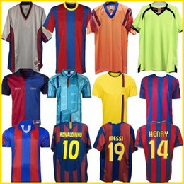 Toptan satış Retro Futbol Jersey Barcelona 96 97 07 08 09 10 11 Xavi Ronaldinho Ronaldo Rivaldo Guardiola Iniesta Finalleri Messi Maillot De Finals 1899 1999