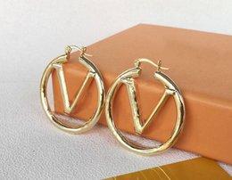 Toptan satış Moda Altın Hoop Küpe Lady Kadınlar için Parti Düğün Lovers Hediye Nişan Takı Gelin için