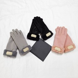 Fashion Women Gloves for Winter and Autumn Cashmere Mittens Glove with Lovely Fur Ball Outdoor sport warm Winters Glovess on Sale