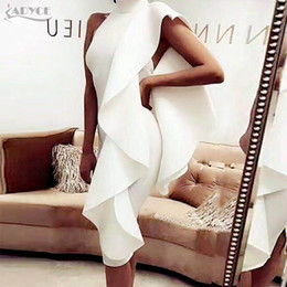 Los Vestidos Clubwear Atractivos Venden Al Por Mayor Baratos-Al por mayor Adyce 2017 Nuevo Estilo de Invierno Vestido de Las Mujeres Sexy Blanco Sin Mangas Patchwork Ruffles Bodycon Vestidos Celebrity Party Dress Clubwear