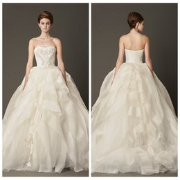 zuhair murad ball gown wedding dresses garden church lace appliques pleated ruched bridal gowns custom online vestidos 2016 top sale