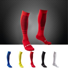 $enCountryForm.capitalKeyWord Canada - Excellent quality Professional Solid Color Football Hosiery High Elastic Knitted Cotton Sports Stocking Soccer Socks D339M