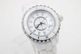 47e02a75a NUEVOS 38mm grandes relojes completos Relojes de pulsera de cuarzo DIAMOND  DIAL para mujer de calidad superior reloj de cerámica BLANCO bisel reloj de  moda ...