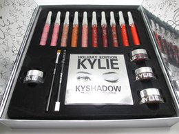Barato Conjunto De Lábios-Para o Natal! Cosméticos Big Box by Kylie Holiday Collection Sets PREORDER INTERNATIONAL 10 brilho labial de cor, olho de lã, creme de sombra