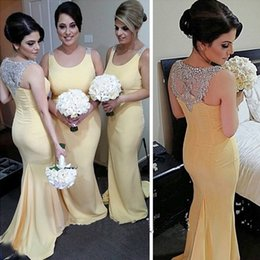 Vestidos De Dama De Honor Con Cuentas De Color Amarillo Baratos-Elegante largo formal vestidos de dama de honor amarillo Sirena damas de honor Wedding Party Gowns Scoop cuello sin mangas Beaded trasero tren de barrido