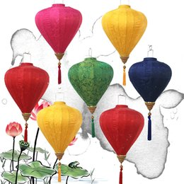 Chinese lanterns for parties online shopping - Creative Diamond Lantern Chinese Traditional Satin Silk Lanterns For New Year Party Decor Articles High Quality Multi Colors bt C