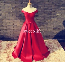 Barato Vestidos De Baile De Renda Vermelha Simples-Simple Red 2017 A linha Prom Dresses Off-Shoulder sem mangas Lace-up Empire Elastic Satin Floor-length vestidos desgaste da noite
