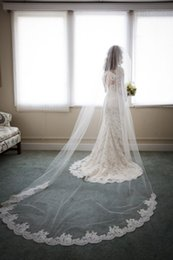 Laine À Voile Bon Marché À Long Pas Cher-Graceful Cheap Long 3M Cathedral Longueur voiles de mariée Custom Made Lace Appliqued Edge Wedding Veil