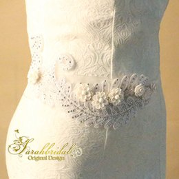 Brides Belts online shopping - 2020 Cheap Bride Dresses Belts Popular Beautiful Bridal Accessories Beaded Appliques Bridal Dress Sash for Wedding Party XNYD006