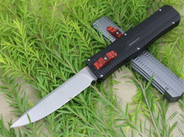 Chinese  High quality sturdy Genuine bat paladin knives Classic automatic knive black Bat Paladin P98 6061 folding knife Camping Hunting outdoor tool manufacturers