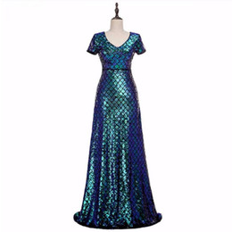 see dress red carpet UK - Fashion 2019 Sexy Scoop Women Evening Dresses Shining Sequins Crystals Mermaid Sweep Train Celebrity Gowns See Through Back Zipper Prom Gown