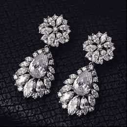 Venta al por mayor de Moda Plata Flores Rhinestone Pendientes de Novia de Cristal Gotas de Lágrimas de Boda Pendientes de Dama de Honor de Lujo Joyería Accesorios de Novia