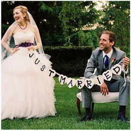 Discount bridal shower photo booth props Wholesale-Just Married Vintage Wedding Bunting Banner wedding party decorations Photo Booth Props Garland Bridal Shower wedding decoration