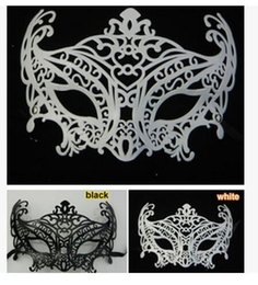 Wholesale Black Masks Canada - 2016 New type Masquerade Halloween Exquisite Half Face Mask For Lady Black White Option Fashion Sexy