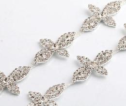 Discount wedding dress rhinestone trim - 1 Yard Sparkle Rhinestones Crystals Pearl Four-leaf Clovers Silver Plated Ribbon Chain Trim Fow Sewing Wedding Dress Diy