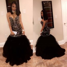 Barato Vestido Preto Querida Strass Bead-Sexy Open Back Dresses Party Evening com Bling Bling Rhinestones Cristais Mermaid Black Prom Gown Sweetheart Neckline Beads Vestido Africano