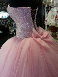Images 15 Robes Pas Cher-Real Images Robes roses de quinceanera avec Big Bow Sweetheart Beaded Crystal Corset Lovely Sweet 16 Robes de bal Robes de bal pour 15 ans