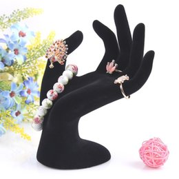 Wholesale Black Velvet OK Hand Display Ring Bracelet Necklace Hanging Hand Jewelry Display Stands Holder Jewelry Organizer Show Rack Resin