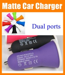 $enCountryForm.capitalKeyWord NZ - Dual USB Car Charger wholesale universal double usb car charger Adapter 2.1A 5v Matte Feel Shell for iPad iPhone Samsung galaxy s4 s5 CAB020