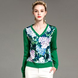 Großhandel Neue Ankunft frauen Sexy V-ausschnitt Mit Langen Ärmeln Mit Blumenmuster Gestrickte Patchwork Mode Strick Tees Blusen