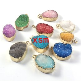 $enCountryForm.capitalKeyWord Canada - 10pcs Gold plated Mixed Color Quartz Druzy Pendant, Natural Crystal Drusy Gem stone Pendant For Necklace(Random in Shape)