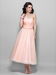 New Arrival A-line Princess Strapless Tea-length Tulle Cocktail Party Dress Wedding Party Dress on Sale