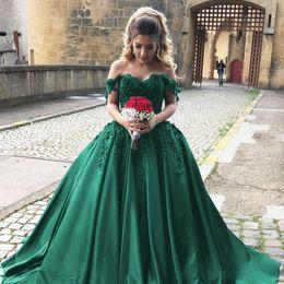 $enCountryForm.capitalKeyWord NZ - Goregous Green Ball Gown Evening Dresses Sexy Off The Shoulder Prom Dresses Long Formal Dress Vintage Lace Applique Quinceanera Dresses