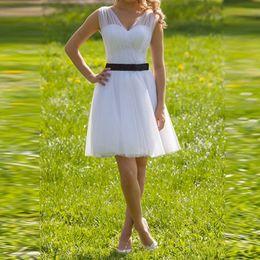 Short Bride Tulle Dress Canada - Amazing Short White Beach Wedding Dresses 2015 V Neck Tulle Wedding Gowns Bride Dresses Vestido De Noiva