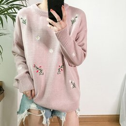 Barato Blusas Japão-New Japan Style Little Flower Bordados Sweater de malha Mulheres Outono Inverno Camisolas de manga comprida Jumpers Woman Casual Sweaters