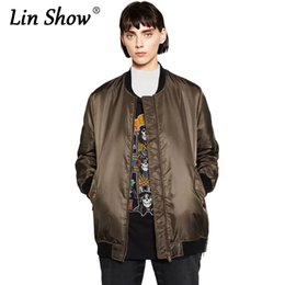 Barato Casaco Verde Do Exército Feminino-LINSHOW Solid Army Green Bomber Jacket Mulheres 2016 Winter Pockets Womens Jackets Zippers Moda Outono Slim Ladies Basic Coat