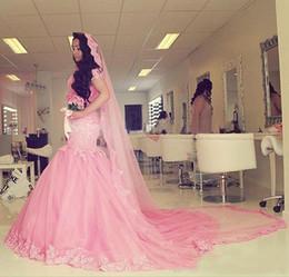 long church veils 2019 - Dubai Pink Mermaid Wedding Gowns Applique Lace Tulle Sweep Train Women Church Bridal Dress With Free Long Veil 2017 chea