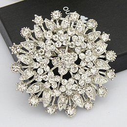 $enCountryForm.capitalKeyWord Canada - Rhodium Plated Bling Bling Crysals Big Flower Brooch For Wedding Party Engagemet Cheap Price Factory Good Quality Popular Buckle Pins