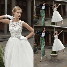 $enCountryForm.capitalKeyWord Canada - Designer White A Line Short Wedding Dresses Tulle Lace Beaded Berta Bridal Cheap Country Wedding Dresses Vintage Tea Length Wedding Dress