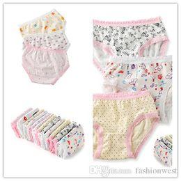 $enCountryForm.capitalKeyWord Canada - Toddler Girls Underwear Fashion New Kids Cute Lace and Printing Underwear Hot Children Breathable and Comfortable Underwear