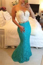 Barato Longo Vestido De Renda De Renda Turquesa-White and Turquoise Mermaid Prom Dresses 2017 Sweetheart com pérolas Vintage Lace Pageant Party Wear Long Vestidos de noite formal BA1944