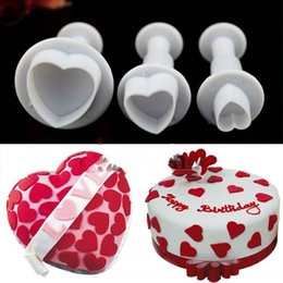 $enCountryForm.capitalKeyWord Canada - free shipping 3Pcs set Heart Plunger Mold Fondant Cake Cutter Decor Paste Tools Cookie Sugarcraft TY1682