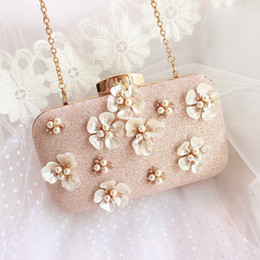 wedding bridal hand bags ladies handbags NZ - Lovely Cute Evening Bags Pearl Flowers Women Handbags Wedding Clutches Bridal Hand Bag Female Folded Hand Bags Mini Size