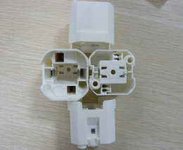 Wholesale G24D GX24D lamp holders and lamp bases light tube socket CE CCC ROHS compliance long life