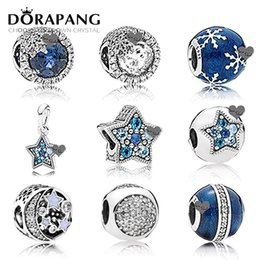 Wholesale DORAPANG NEW Winter Blue Enamel Snowflake Sterling Silver Pan Charm Bead Blue moon Fit Bracelet DIY Jewelry Making