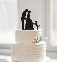 $enCountryForm.capitalKeyWord Australia - Kissing Bride Groom And Dog In Cake Top Creative Wedding Cake Decorations Wedding Birthday Festival Party Decorations Cake Topper Cheap