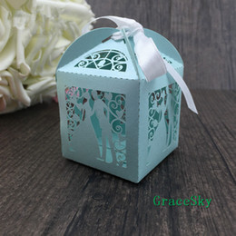 Marriage Party Decoration NZ - 100pcs lot Laser Cutting Bride & Groom Romatic Design Paper Chocolate Candy Snack Boxes for wedding Party Decoration,Free shipping