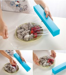Distributeurs En Gros Pas Cher-Gros-2015 New Top Selling Foil Cutter Cling Film Wrap Distributeur Cutter en plastique et en acier inoxydable Stockage Rouleau Support Cuisine outil