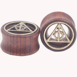 $enCountryForm.capitalKeyWord UK - Death Triangle Fit Wood Flesh Tunnel and Ear Plug Gauge Expander Stretching Piercing Jewelry Body Jewellery Mix 7 Sizes