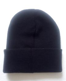 Nueva entrega gratuita en 2018 de las marcas de moda europeas y americanas con sombreros de hilo de lana caliente negro