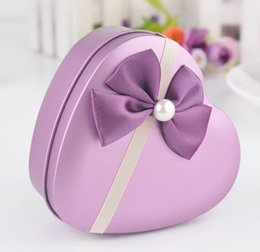 Faveurs De Mariage De Bonbons Violets Pas Cher-Style coréen Love Heart Pearl Bowknot Tin Candy Favors Holders Colorful Wedding Party Boîtes à bonbons Boîtes aux bonbons Cadeaux Purple Purple K3108