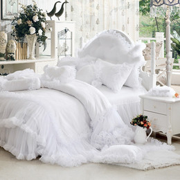 China Wholesale-Luxury white falbala ruffle lace bedding set, twin queen king size bedding for girl, princess duvet cover set bedspread bedskirt cheap twin size girl beds suppliers